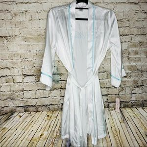 NWT Linea Donatella Bride White & Blue Bathrobe